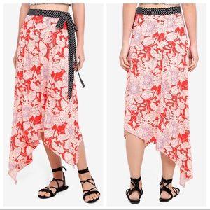 💛 nwt | topshop | floral print asymmetric skirt